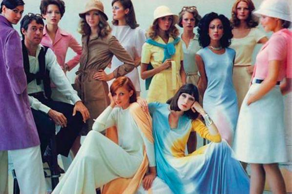 Historie tie-dye: Co to je, a proč je opět tak populární