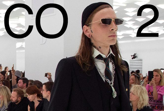 Gucci, Nike, a jiní velcí hráči se chtějí stát CO2 neutrálními značkami